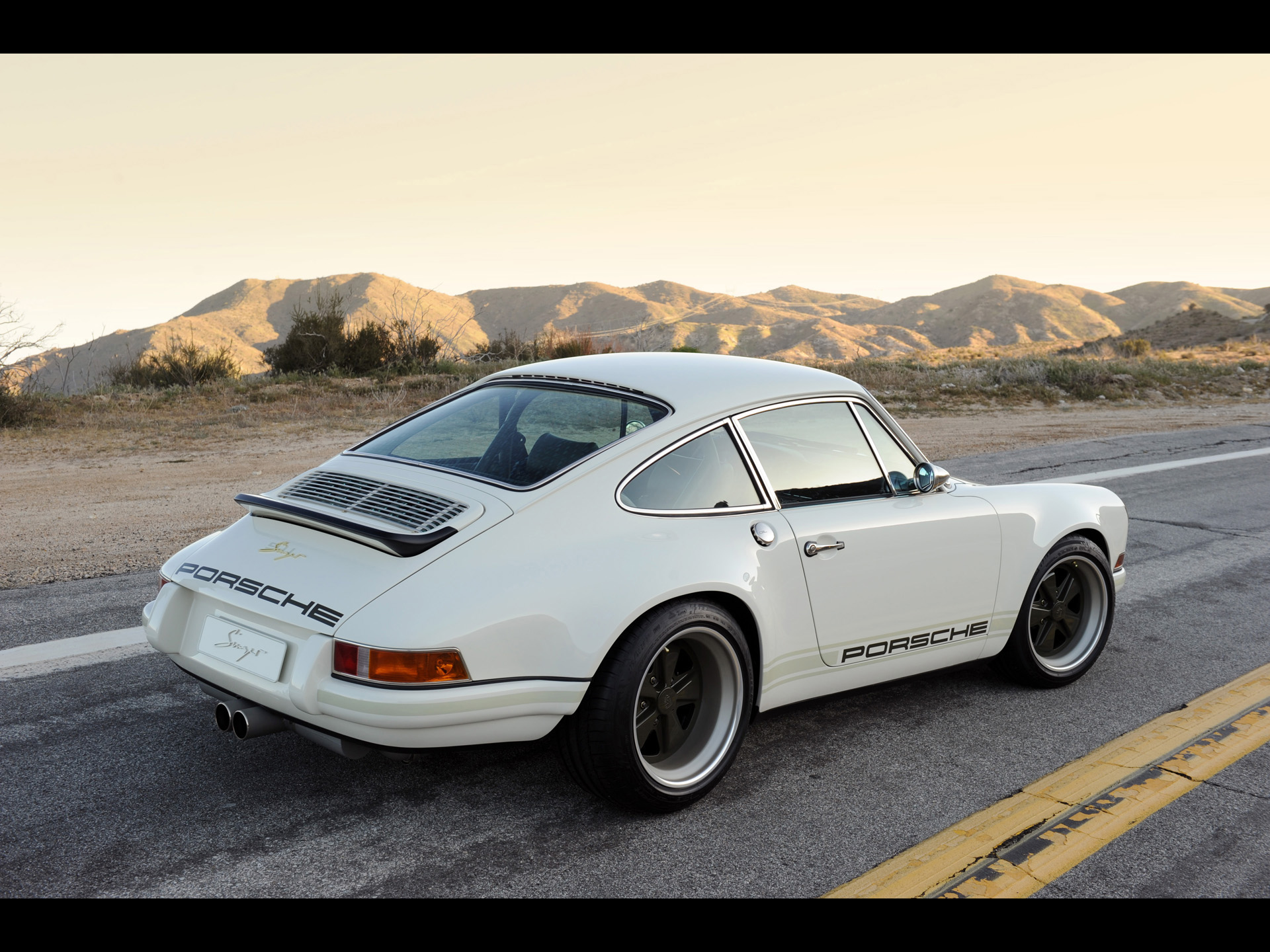 White Singer Porsche 911 Side Close-up wallpapers | White