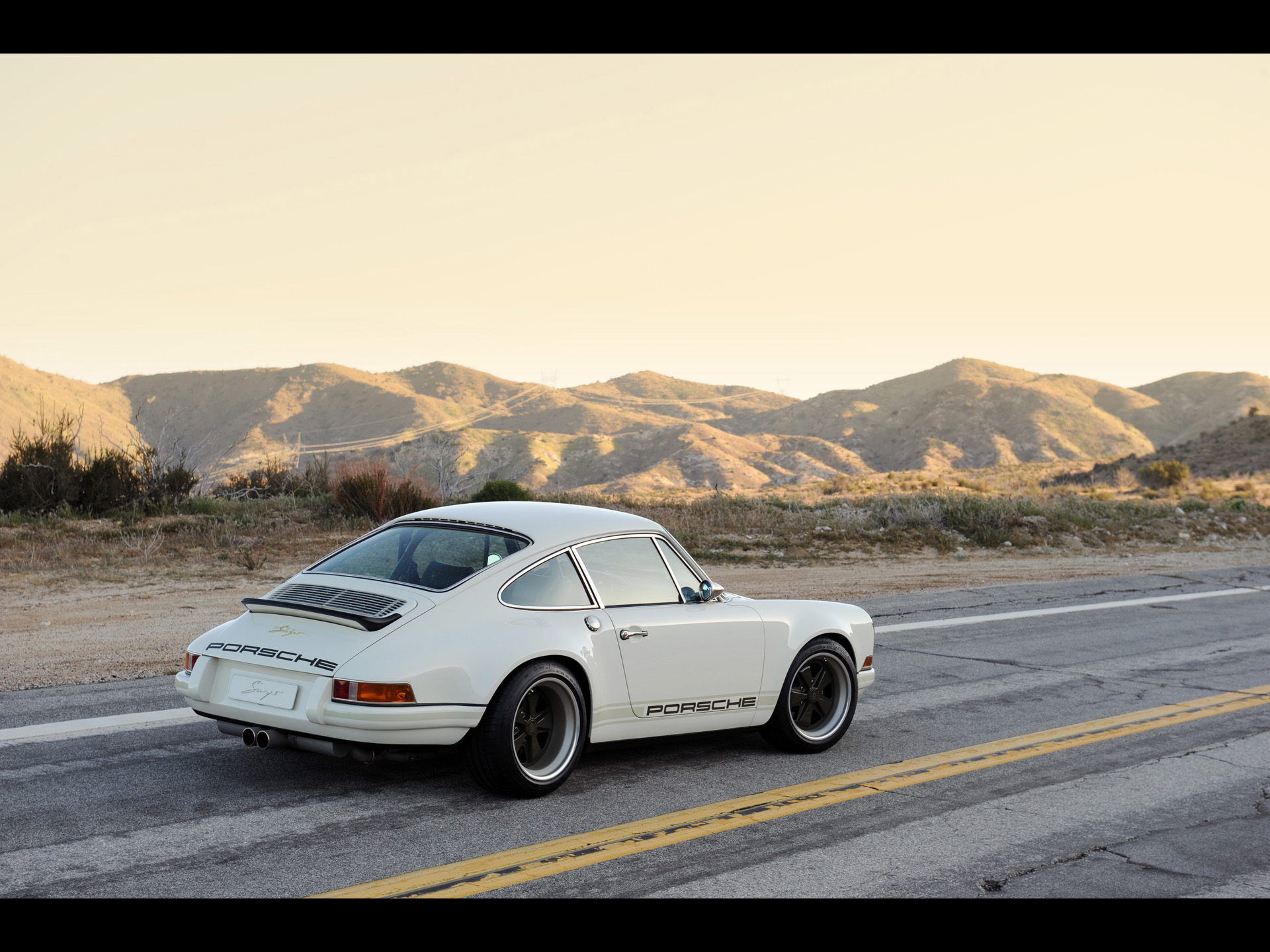 White Singer Porsche 911 Side Wallpapers White Singer