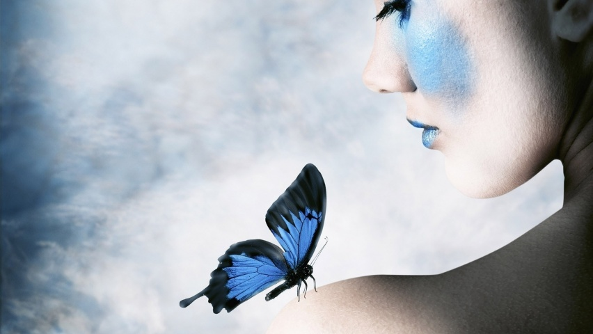 825x315 Woman Blue Make Up & Butterfly Facebook Cover Photo