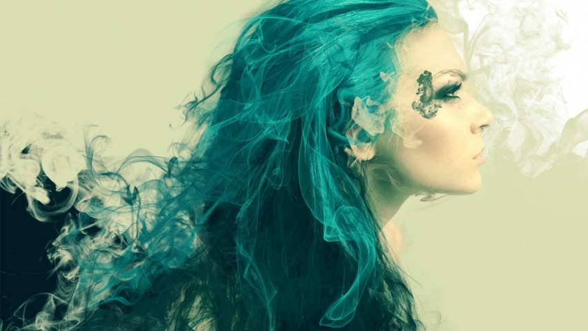 646x220 Woman Turquoise Hair Looking